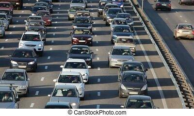многие, легковые автомобили, на, город, шоссе