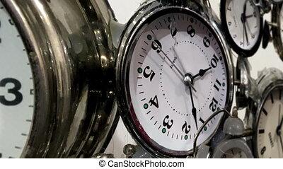 многие, clocks, выстрел, долли