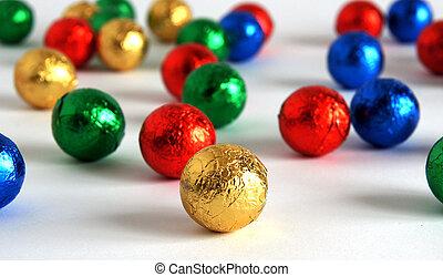 многоцветный, яркий, мячи