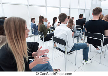 молодой, в течение, рукоплескать, люди, молодежь, seminar., ...