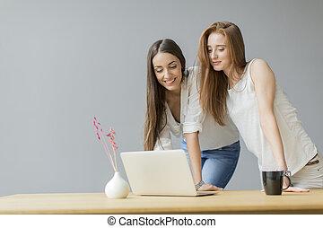 молодой, женщины, в, , офис