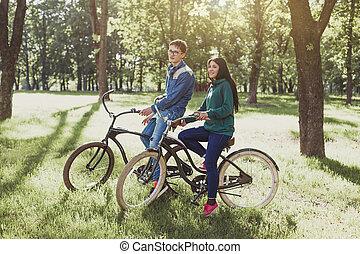 молодой, пара, верховая езда, , ретро, велосипед