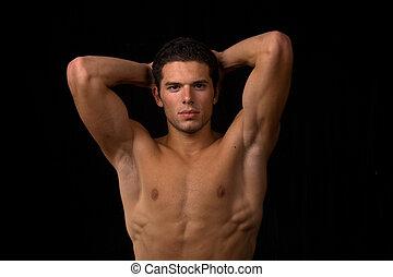 мускулистый