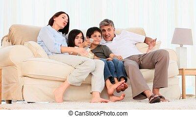 наблюдение, попкорн, кино, семья