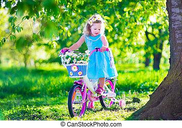 немного, девушка, верховая езда, байк