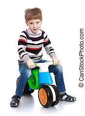 немного, мальчик, на, , пластик, велосипед
