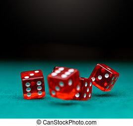 образ, of, несколько, красный, игральная кость, falling, на, зеленый, таблица