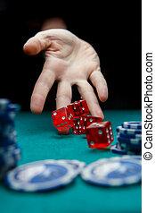 образ, of, человек, бросание, красный, dices, на, таблица, with, чипсы, в, казино