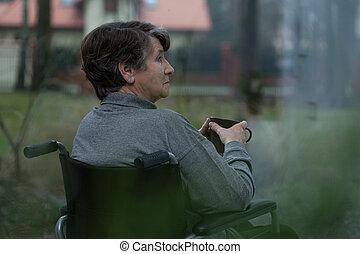 одинокий, пенсионер, в, уход, главная