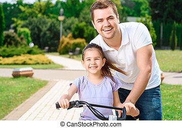 отец, обучение, дочь, к, поездка, байк