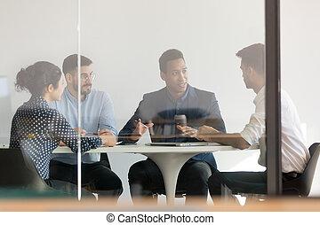 офис, бизнес, люди, разнообразный, брифинг, мозговой штурм