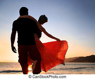 пара, закат солнца