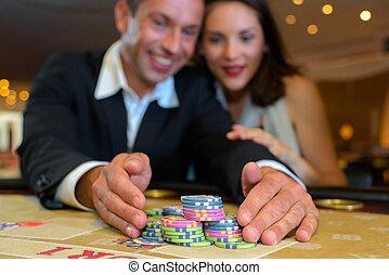 пара, сбор, чипсы, в, казино, таблица