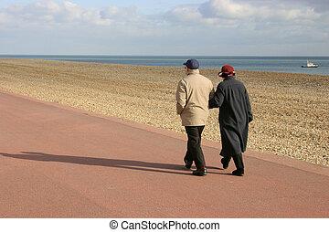 пара, старый, гулять пешком