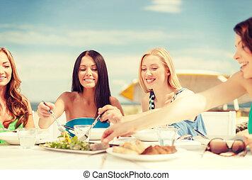 пляж, улыбается, кафе, girls