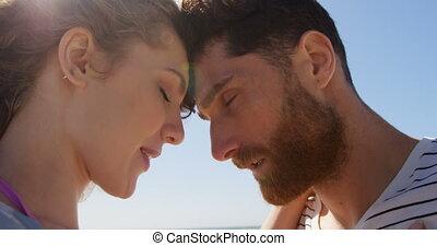 пляж, embracing, другие, 4k, пара, романтический, каждый