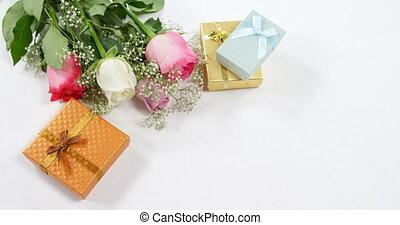подарок, roses, золотой, 4k, букет, boxes