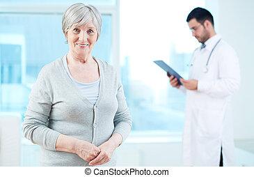 пожилой, пациент