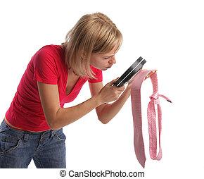поиск, жена, 4, ревнивый, галстук, proofs, attentively, considers, муж