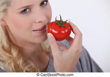 помидор, женщина, принимать пищу