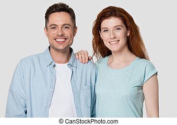 портрет, ищу, семья, camera., счастливый, романтический, пара, улыбается