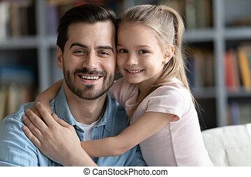 портрет, папа, счастливый, relaxing, дочь, дошкольника, молодой