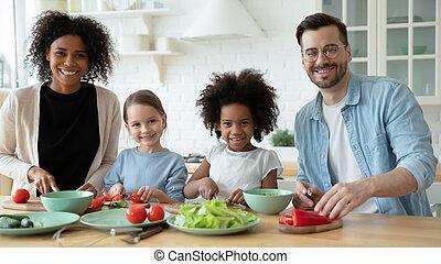 портрет, multiethnic, семья, вместе, готовка, kids