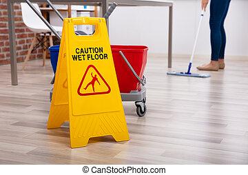 постоянный, очиститель, пол, швабра, знак, осторожность, влажный