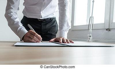 предприниматель, signing, документ, или, контракт