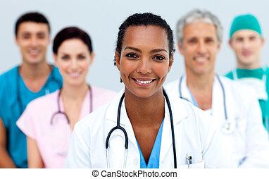 привлекательный, женский пол, врач