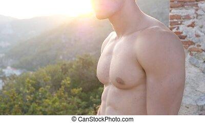 привлекательный, природа, мускулистый, без рубашки, человек, молодой