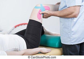 реабилитация, of, sprained, колено
