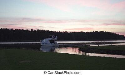розовый, передний план, посмотреть, яркий, приход, весна, над, -, небо, скоро, lielupe, 2019, восход, фиолетовый, малиновый, солнце, река, лодка, вне
