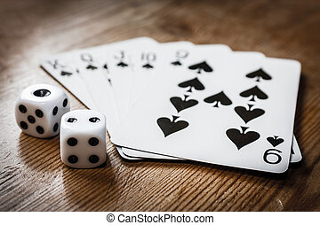 рука, of, cards, and, два, игральная кость