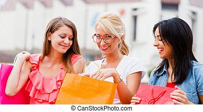 сделал, поход по магазинам, доволен