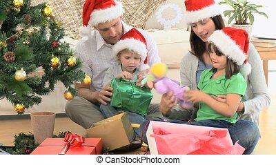 семья, рождество, подарок, открытие