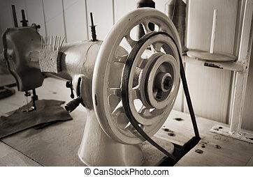 сепия, monoc, вверх, machine., старый, шитье, handwheel, горизонтальный, закрыть