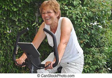 смеющийся, старшая, в, hometrainer