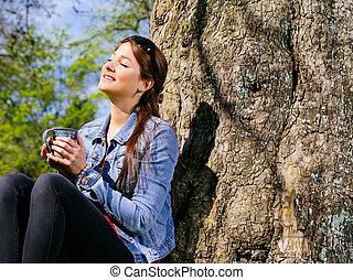 солнце, питьевой, женщина, молодой, enjoying