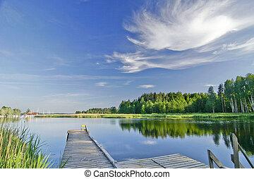 спокойный, озеро, под, яркий, небо, в, лето