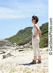 среднего возраста, женщина, постоянный, на, , пляж