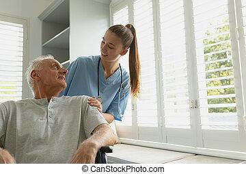 старшая, главная, активный, женский пол, инвалидная коляска, пациент, человек