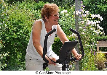 старшая, женщина, excercising