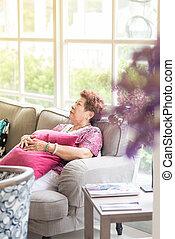 старшая, женщина, home., relaxing