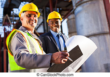 старшая, масло, промышленность, работник, and, менеджер