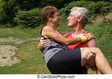 старшая, пара, счастливый