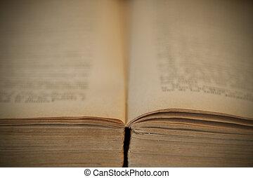 старый, книга