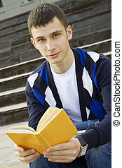 студент, на, кампус, with, textbooks