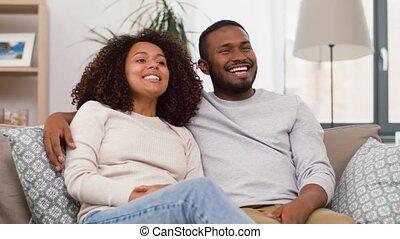 счастливый, главная, пара, американская, в обнимку,...