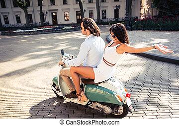 счастливый, пара, верховая езда, , самокат